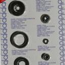 Plaque comprenant tous les joints spys de la Kawasaki KX-125 de 1994 a 2005.Merci de cliquer sur l'image pour les détails.